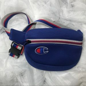 🚨 3 FOR $25! CHAMPION WAIST POUCH
